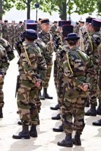 Féminisation des armées